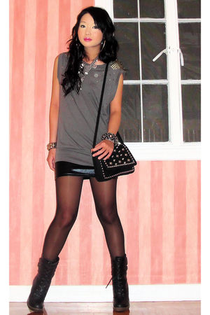 gray Forever 21 t-shirt - black Random find from Rockwell Bazaar boots
