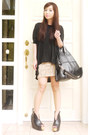 Black-nightingale-givenchy-bag-tan-h-m-skirt