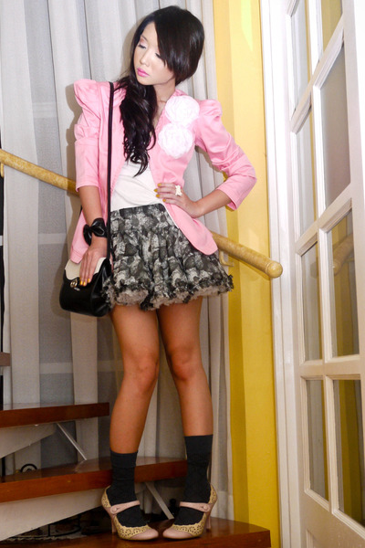 white tank Topshop top - pink Nine West shoes - pink Glitterati blazer