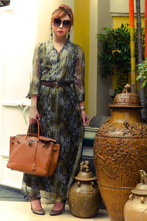 brown Chanel belt - olive green Details dress - tawny Hermes bag