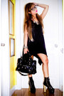 Black-das-boots-black-oxygen-dress-black-balenciaga-bag