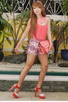 salmon 37LA purse - camel Iconoclast shorts - salmon Zara blouse