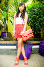 Light-orange-parisian-bag-peach-topshop-shorts-light-orange-h-m-heels-crea