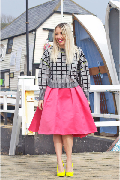 hot pink Coast skirt - yellow asos shoes - heather gray asos jumper