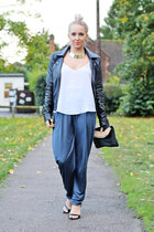 navy peg leg asos pants - black heels Zara shoes
