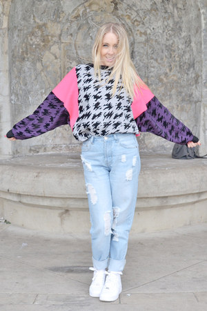 hot pink 90s fuud hoods jumper - light blue boyfriend asos jeans