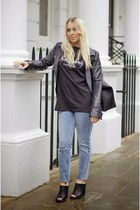 black asos t-shirt - blue ripped asos jeans - black mules new look heels