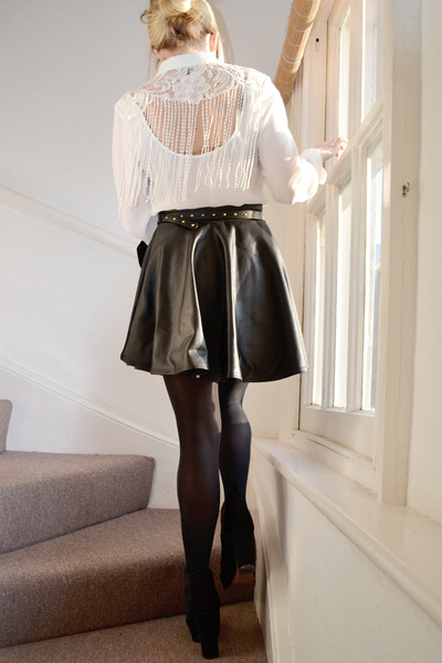 white lace warehouse shirt - black skater skirt prodigy red skirt