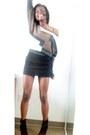 Black-boots-brown-sweater-black-skirt