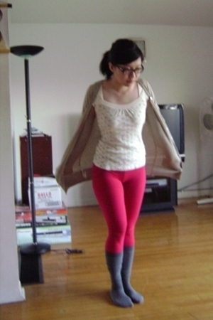 gray from chinatown socks - beige Mango sweater - pink Seduction leggings