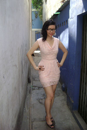 pink vietnamese dress - black Jessica shoes - black Ardene accessories - pink H&