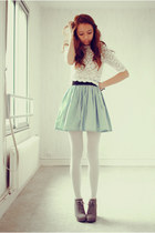 ivory laces Chicwish top - periwinkle Chicwish skirt - heather gray zipia wedges