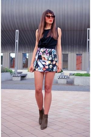black CNdirect skirt - army green AmiClubWear boots
