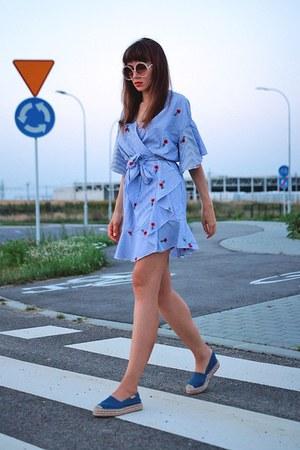 sky blue VIPshop dress