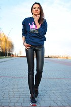 navy Stussy sweatshirt - black Zara pants - gray nike sneakers