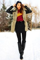 navy Carhartt hat - dark khaki Vero Moda jacket - crimson Carhartt WIP t-shirt