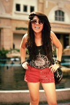 black bag - ruby red studded Greenhills shorts