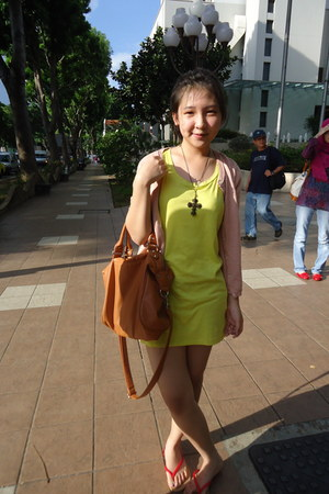 tawny Mango bag - yellow Zara top - pink H&M cardigan