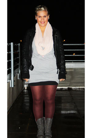 black Vero Moda jacket - gray random brand shoes - red Topshop tights - gray Ble