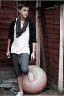 White-river-island-t-shirt-gray-river-island-cardigan-silver-zara-shorts-w