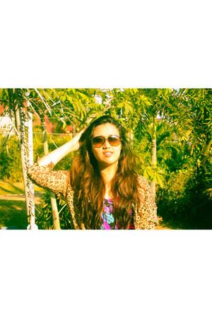purple swimwear - tawny sunglasses - light brown top - silver earrings
