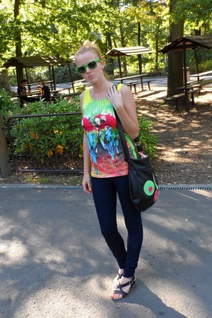 chartreuse house top - navy H&M jeans - black leather Bata sandals