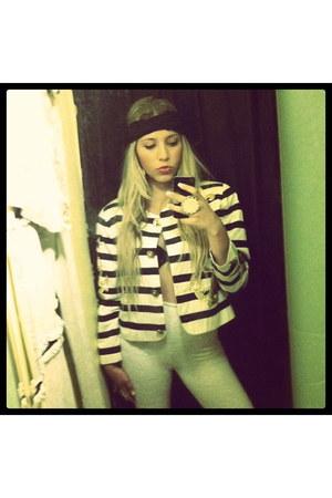 navy vintage jacket - ivory vintage leggings - black headband Bebe scarf - camel