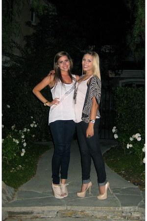 navy Forever 21 jeans - black zebra Forever 21 cardigan - beige H&M top - camel