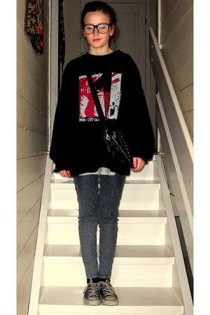 gray H&M pants - black Converse shoes - black vintage sweater - black lindex pur