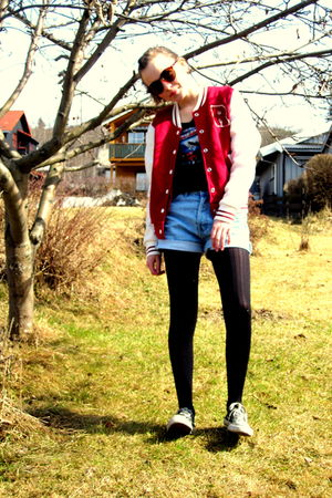 black Converse shoes - red BikBok jacket - blue BikBok shorts - gray H&M t-shirt