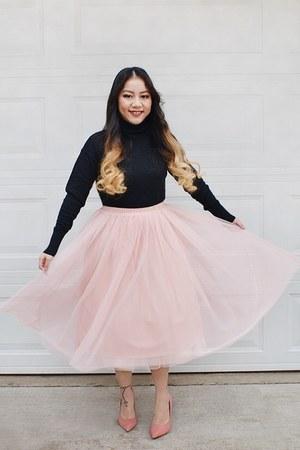 black turtleneck Target sweater - black quilted Missimo purse