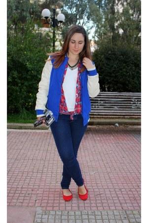 navy Stradivarius necklace - navy H&M jeans - blue varsity asos jacket