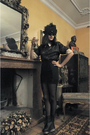 black double American Apparel leggings - black boots Jeffrey Campbell shoes