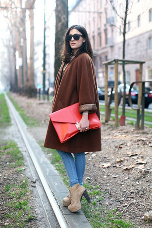 beige lita Jeffrey Campbell boots - crimson wool vintage coat - blue skinny DrDe