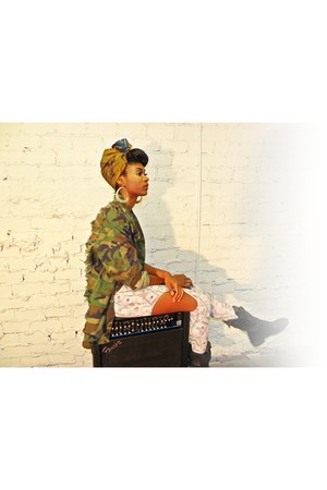 money print j pearl couture leggings - army fatigue j pearl couture jacket