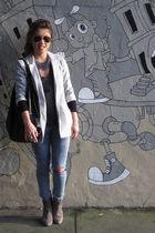 H&M blazer - JCrew t-shirt - H&M jeans - Reiss boots - rachel rachel roy necklac