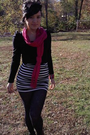 black H&M blouse - hot pink Aldo scarf - black Forever 21 skirt - black Forever