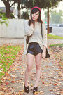 Maroon-asos-hat-black-ysl-cabas-bag-black-2020ave-shorts