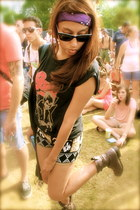 camel Forever 21 boots - black Sparkle & Fade shorts - black Ray Ban sunglasses