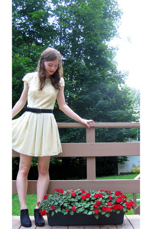 yellow francescas dress - black Unionbay boots - black vintage belt
