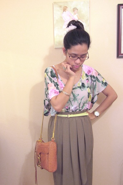 bubble gum H&M top - tawny gold chained Rebecca Minkoff bag