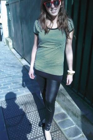 H&M shirt - no brand leggings - vintage glasses