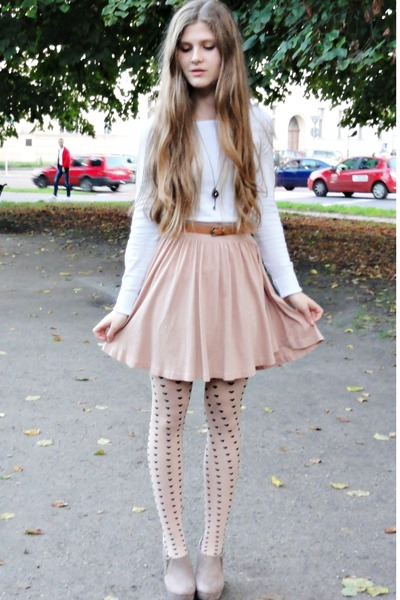 eggshell H&M tights - ivory reserved blouse - light pink H&M skirt
