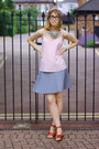 Light-pink-m-s-top-silver-uniqlo-skirt
