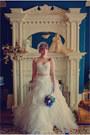 Ivory-tulle-alita-graham-for-kleinfeld-dress-white-lace-vintage-gloves