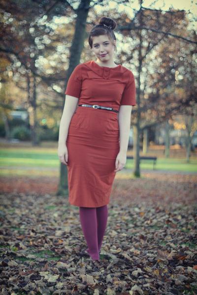 burnt orange modcloth dress - maroon American Apparel tights