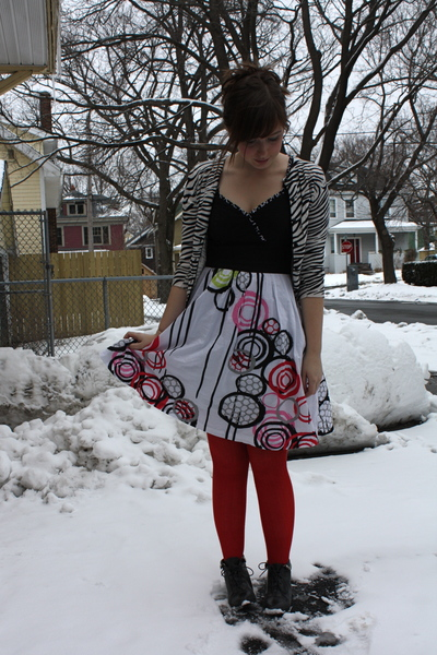 white kensie dress - white Forever 21 sweater - red We Love Colors tights - blac