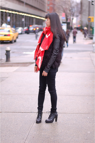 bold color Virginia Johnson scarf - ankle boots Alexander Wang boots
