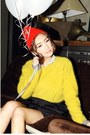 Red-hat-yellow-sweater