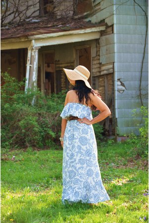 dress - hat - belt